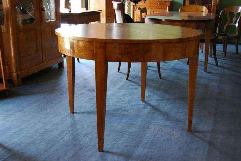 runder biedermeier ausziehtisch in kirschbaum. Black Bedroom Furniture Sets. Home Design Ideas