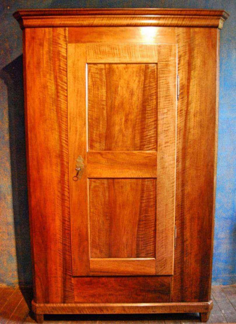 dielenschrank nussbaum ca 1835 antiquit ten bro hauser m hle solingen. Black Bedroom Furniture Sets. Home Design Ideas