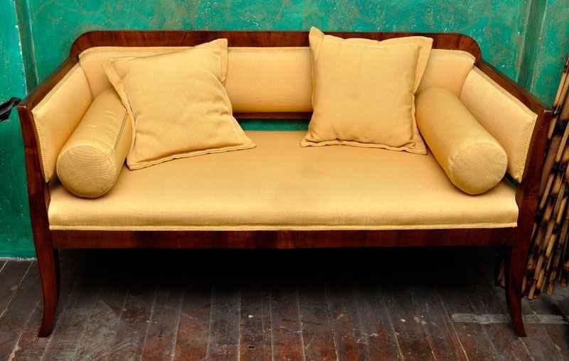Sofa, Nussbaum, ca. 1810