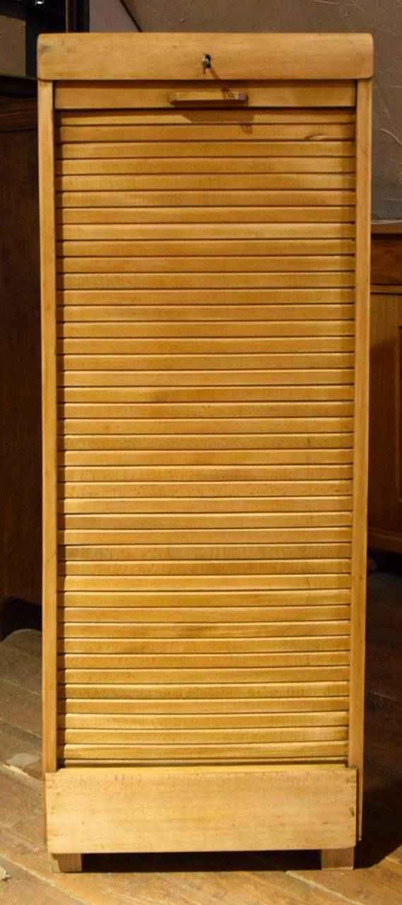 schr nke vitrinen archive antiquit ten bro hauser m hle solingen. Black Bedroom Furniture Sets. Home Design Ideas