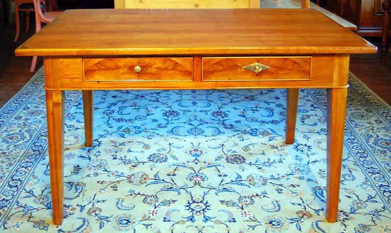 Kleiner Esstisch / Schreibtisch , Kirsche, ca. 1820